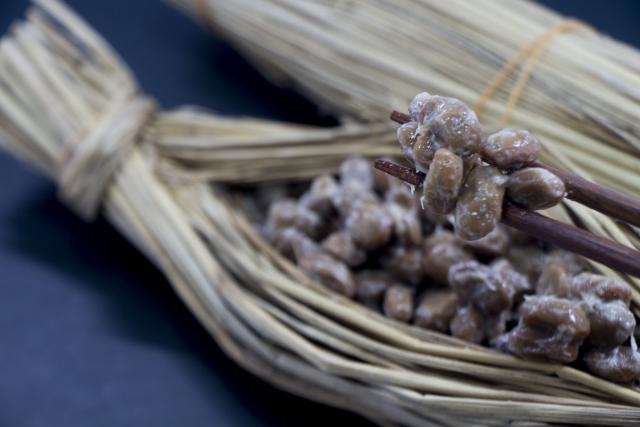 昔ながらの藁の納豆